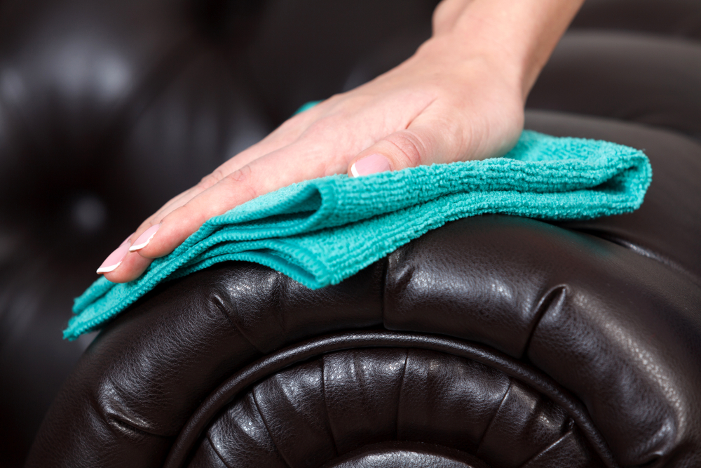 Home cleaning services – how to clean leather sofa