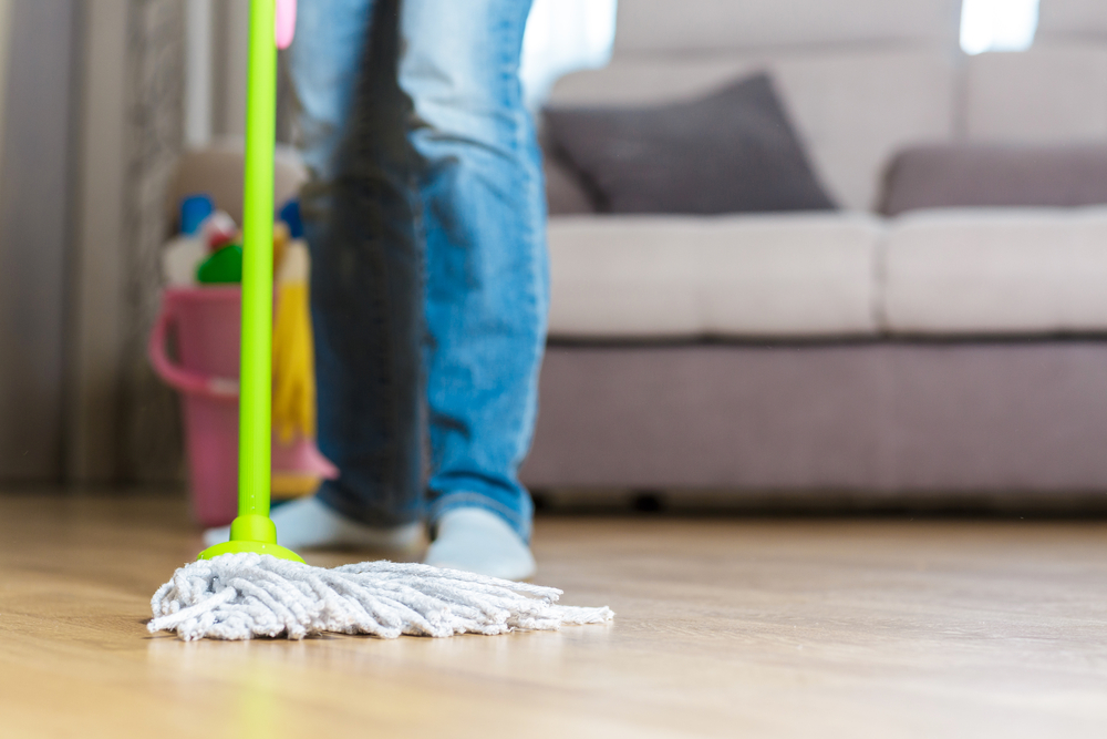 Domestic cleaning services – how to clean hardwood floors